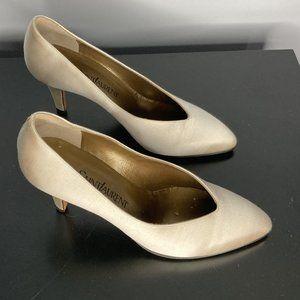GORGEOUS Vintage YSL White Satin Heels SIz…